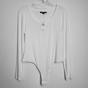 Cable & Gauge Large White Longsleeve Bodysuit